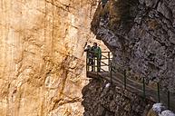 Germany, Allgaeu, Two boys looking at Breitach Gorge - WGF000654