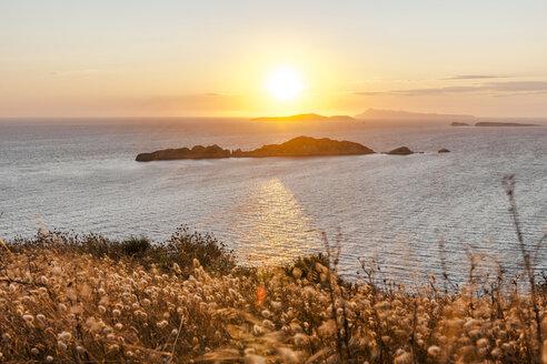 Greece, Corfu, Afionas, sunset at the coast - EGBF000051