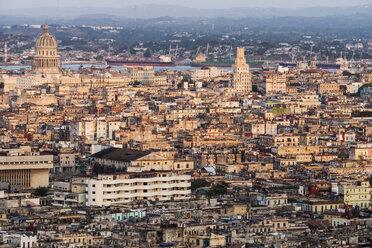 Cuba, Havana, cityscape - FBF000388