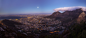 South Africa, Cape Town, panoramic view of cape town with signal hill and table mountain seen from lion's head at full moon - YRF000078