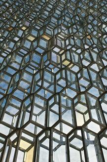 Iceland, Reykjavik, facade of Harpa concert hall - JED000236