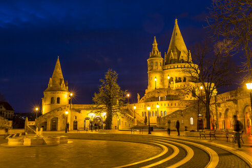 Hungary, Budapest, Fisherman's Bastion, Blue hour - MABF000318