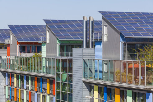 Germany, Freiburg im Breisgau, Energy-plus-houses at Freiburg-Vauban - WD003134