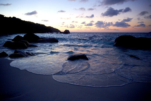 Seychelles, view to the ocean at twilight - ABF000626