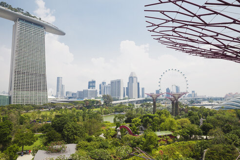 Republic of Singapore, Singapore, Marina Bay Sands Hotel and Gardens by the Bay - GW004053