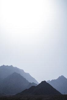 Iran, Chak Chak, view to mountain range - FLF001131
