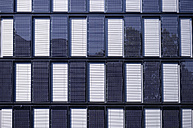Germany, Dortmund, modern office building with solar cells - GUF000114