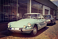 Germany, Moelln, two parking Citroen DS 21 - MEM000750