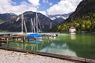 Austria, Tyrol, Ammergau Alps, Lake Plansee, mooring area - STSF000793
