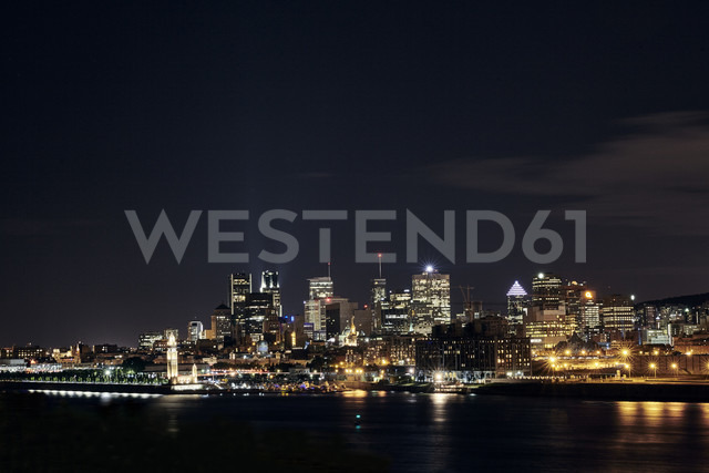 Canada, Montreal, view to the city by night - MHCF000008