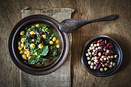 Arabic spinach soup with chick peas, kidney beans and red lentils - EVGF001850