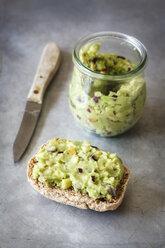 Vegan apple avocado dip with onions - EVGF001878