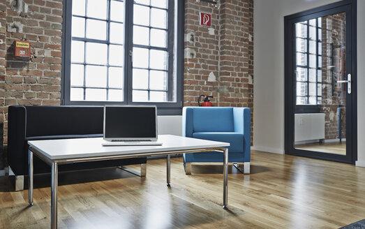 Modern office lobby - PDF001054