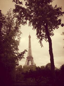 France, Paris, Eiffel Tower - MYF001031