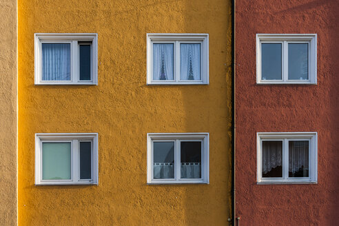 Germany, Munich, facade and windows of a multi-family house - TCF004707