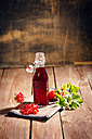 Swing top bottle with red currant juice - MAEF010781