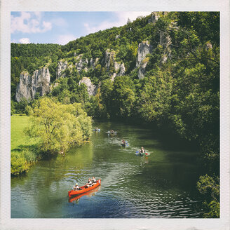 Germany, Baden-Wuerttemberg, canoes on Danube River - EL001552