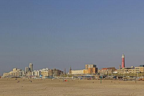 Netherlands, The Hague, View to Scheveningen beach, Lighthouse from the Buitenhaven - MELF000066