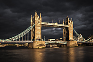 UK, London, view to Tower Bridge at sunset, long exposure - ZMF000413