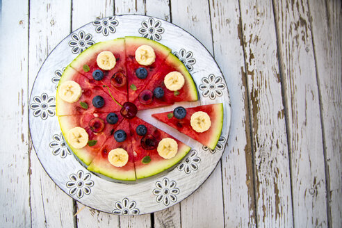 Watermelon pizza, banana, blueberries, cherries, mint - SARF002013