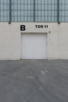 Austria, Innsbruck, entrance of exhibition hall - VI000332