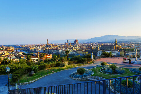 Italy, Florence, cityscape as seen from Piazzale Michelangelo - MAE010797