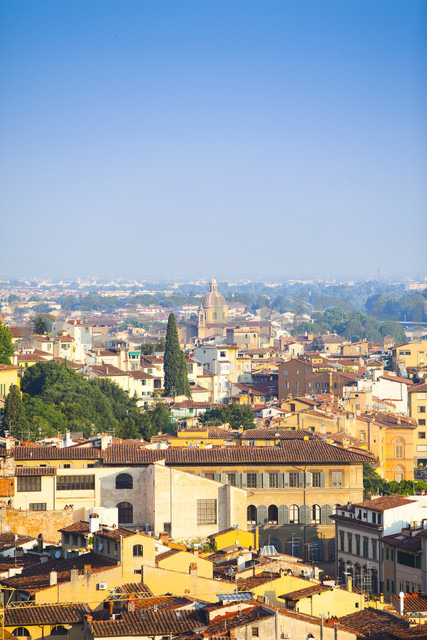Italy, Florence, cityscape as seen from Piazzale Michelangelo - MAEF010810