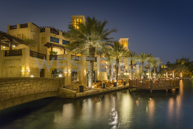 United Arab Emirates, Dubai, Souk Madinat at night - NKF000282