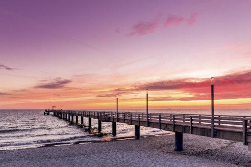 Germany, Heiligendamm, sunrise at pier - PUF000369