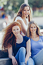 Portrait of three teenage girls - CHAF000789
