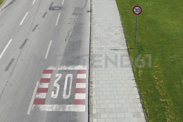 Germany, Bavaria, Munich, speed limit sign - VIF000351