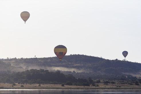 South Africa, North West, Bojanala Platinum, three hot-air balloons at Pilanesberg Game Reserve - FO008196