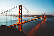 USA, San Francisco, Golden Gate Bridge in the evening - GIOF000074