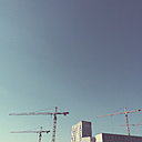 Germany, Berlin, cranes at European Quarter - GC000075