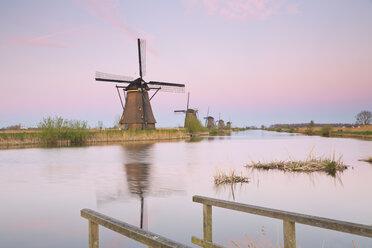 Netherlands, Kinderdijk, Kinderdijk wind mills at twilight - MEMF000897