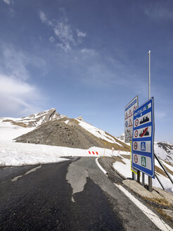 Italy, Piemont, Col Agnel, closed mountain pass in winter - LAF001449