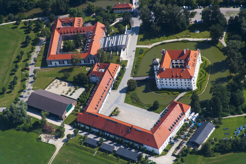 Germany, Bavaria, Freising, aerial view of Hohenkammer Castle - PED000021