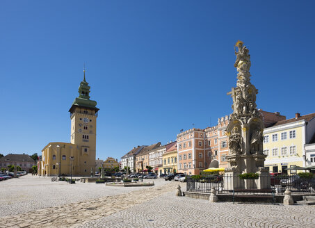 Austria, Lower Austria, Main Square, Townhall and Trinity Column - SIE006707