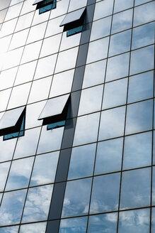 Greece, Thessaloniki, Glass facade of office building - VIF000368