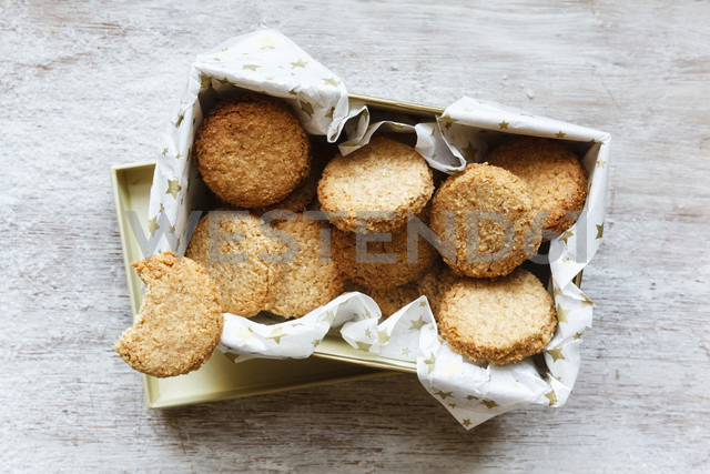 Box of whole grain cocos cookies on wood - EVGF002086