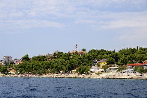 Croatia, Seget Vranjica, Beach at the Adriatic Sea - BTF000328