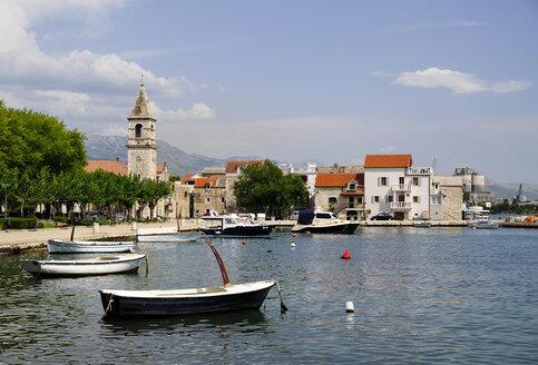 Croatia, Kastela, Kastel Sucurac, harbor and chapel - BTF000382