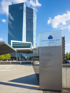 Germany, Frankfurt, European Central Bank, main entrance - AM004168
