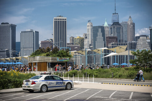 USA, New York City, Police car on car park with view on Manhattan - ON000866