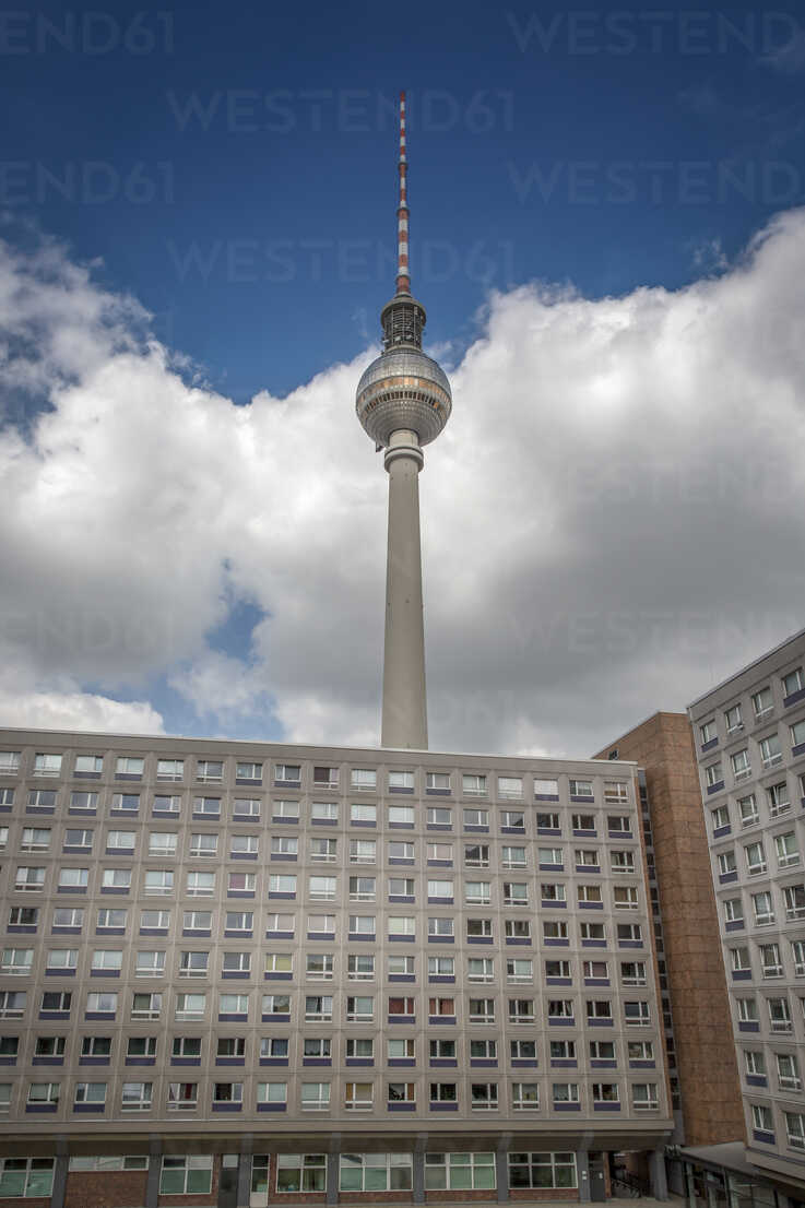 Germany, Berlin, view to television tower with concrete tower block in the foreground - NKF000376 - Stefan Kunert/Westend61