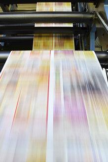 Printing machine in a printing shop - LYF000460