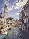 Italiy, Venice, canal - LVF003798