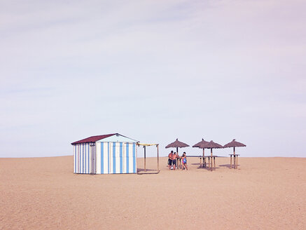 Spain, Catalunia, Sant Pere Pescador, a white and blue beach house - XC000001