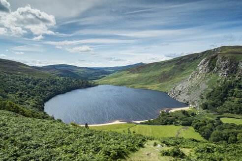 Ireland, County Wicklow, view to Lough Tay at Wicklow Nationalpark - ELF001568