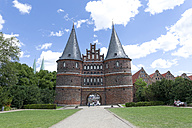 Germany, Luebeck, Holsten Gate - KLRF000137